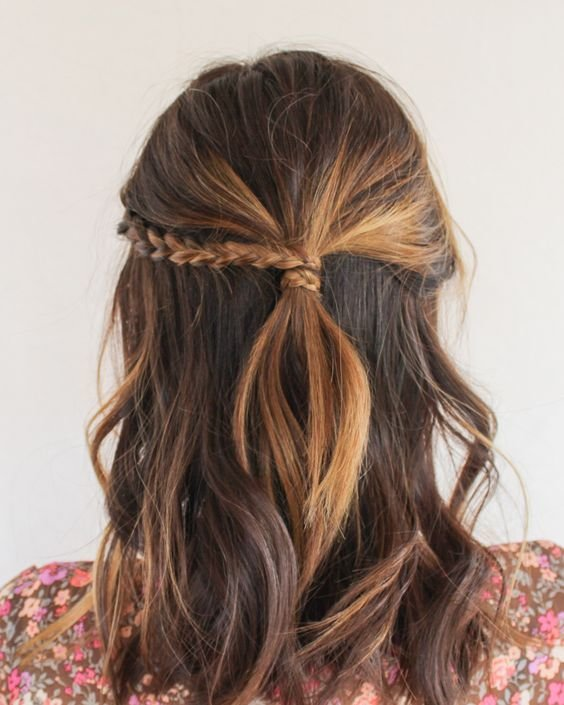 The Best 20 Easy Half Up Hairstyles That Ll Only Take Minutes To Pictures