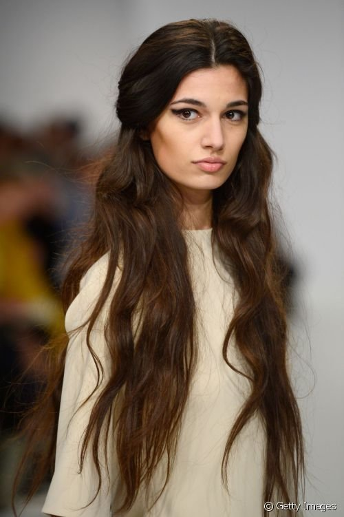 The Best Hairstyle Inspiration 5 Runway Looks For Very Long Hair Pictures