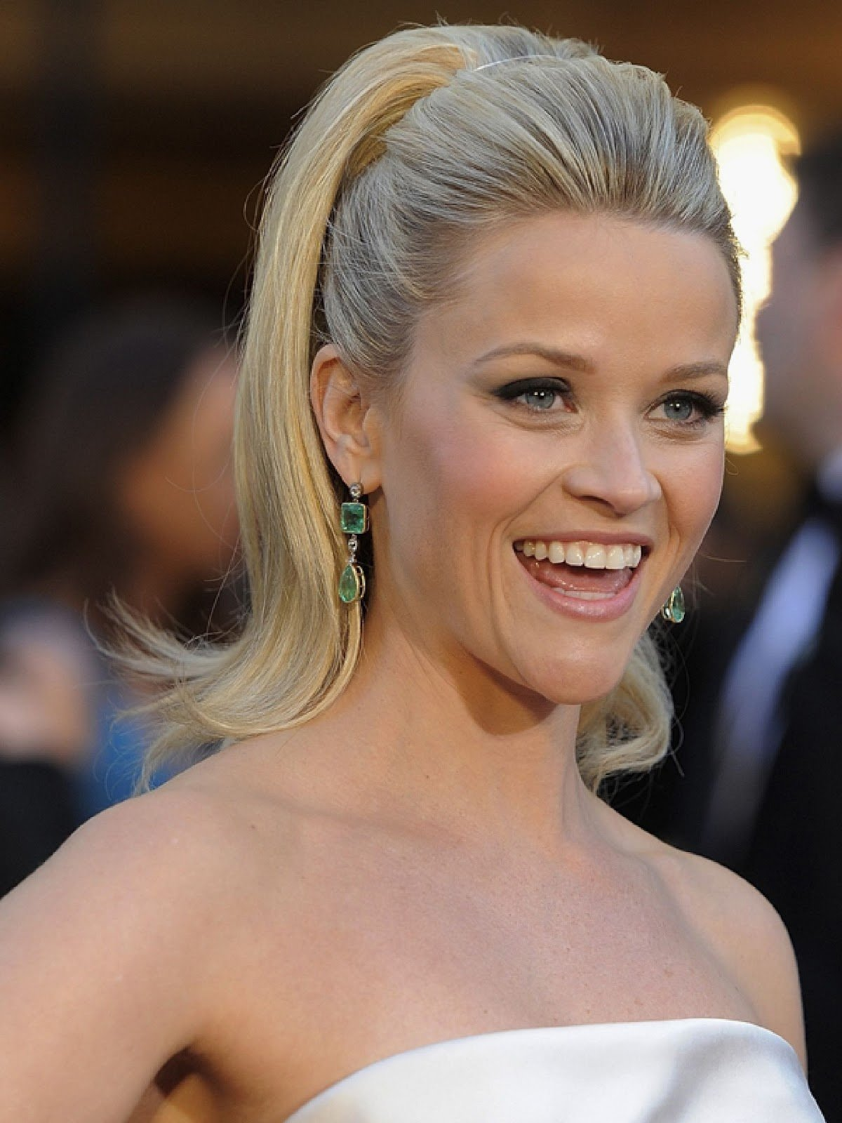 The Best Women S Short Hairstyles For Over 40 Pictures