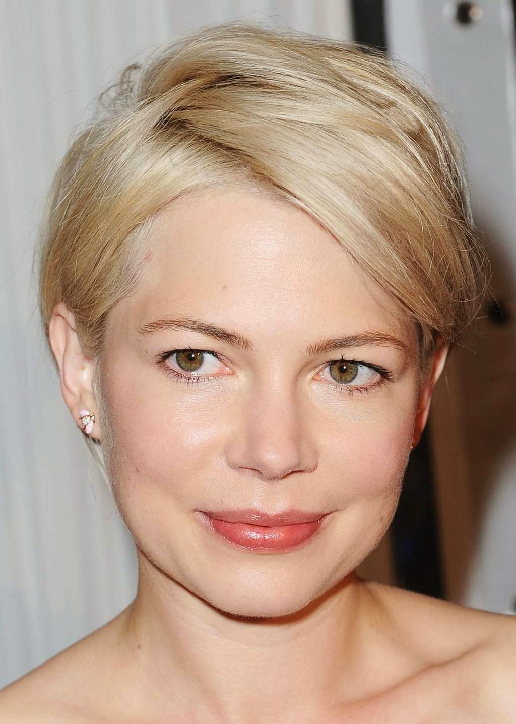 The Best Superb Hairstyle Short Cool Hairstyles For Round Faces Pictures
