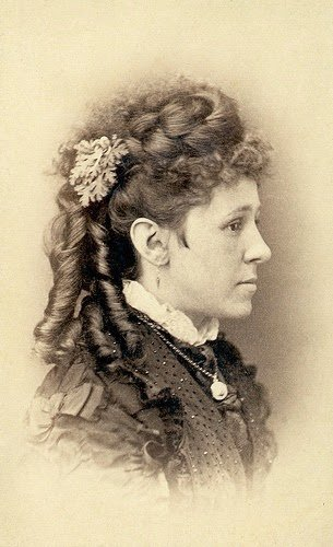 The Best Mid To Late Victorian Hairstyles 1860 S To 1890 S Pictures