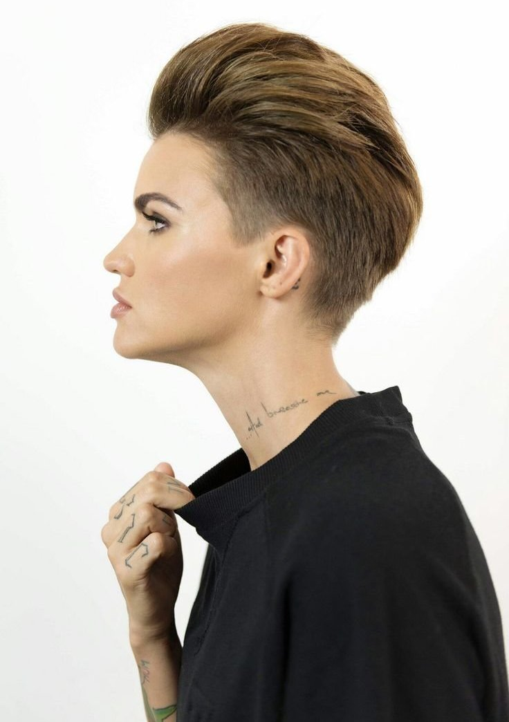The Best 15 Tomboy Short Hairstyles To Look Unique And Dashing Pictures