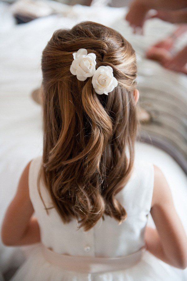 The Best 18 Cutest Flower Girl Ideas For Your Wedding Day Pictures