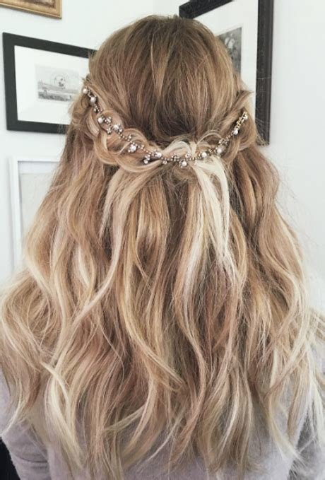 The Best Braided Wedding Hairstyles Brides Com Pictures