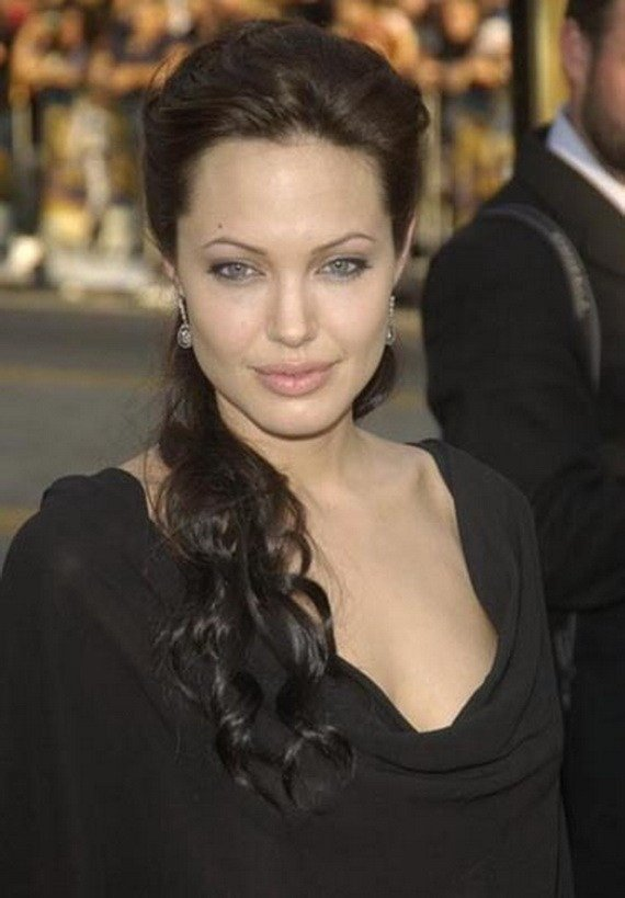 The Best Angelina Jolie Hairstyles For Life And Style Pictures