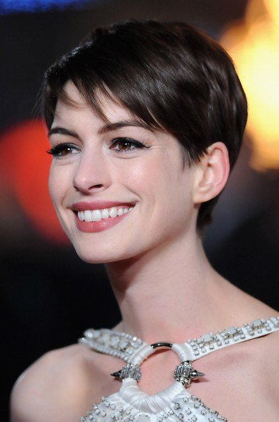 The Best Is Anne Hathaway Hollywood's New Short Hair Sweetheart Pictures