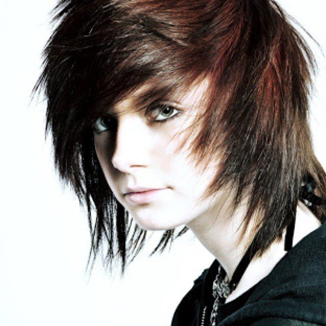 The Best 35 Fabulous Emo Hairstyles For Men Gravetics Pictures