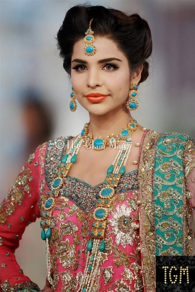 The Best Latest Pakistani Bridal Wedding Hairstyles Trends 2018 Pictures