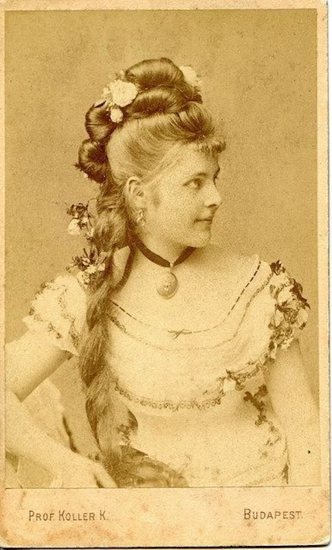 The Best Victorian Hairstyles A Short History In Photos Whizzpast Pictures