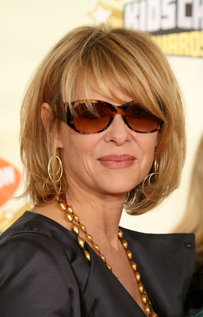 The Best Kate Capshaw Messy Cut Kate Capshaw Hair Looks Stylebistro Pictures