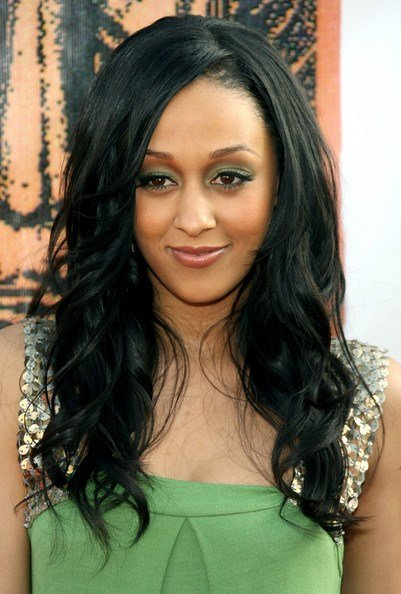 The Best Tia Mowry Long Curls Tia Mowry Looks Stylebistro Pictures