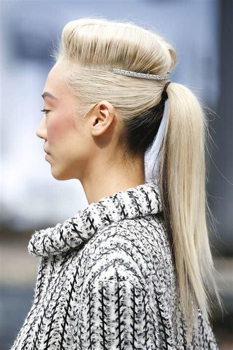 The Best Two Tone Pony Tail Hairstyles Wardrobelooks Com Pictures