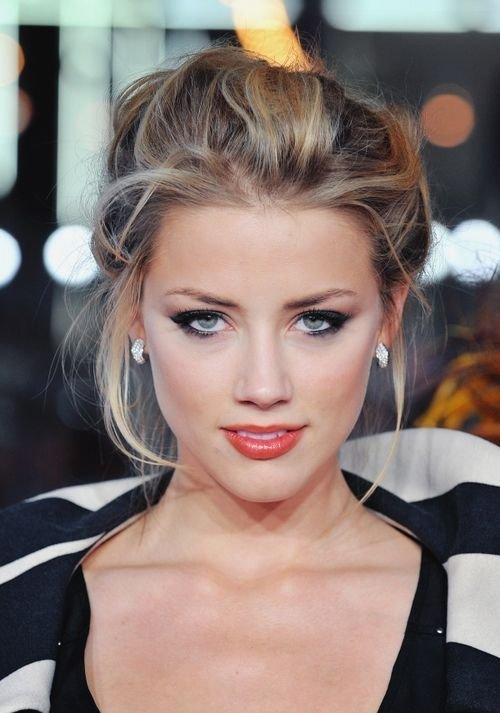 The Best Amber Heard Hair Color Hair Colar And Cut Style Pictures