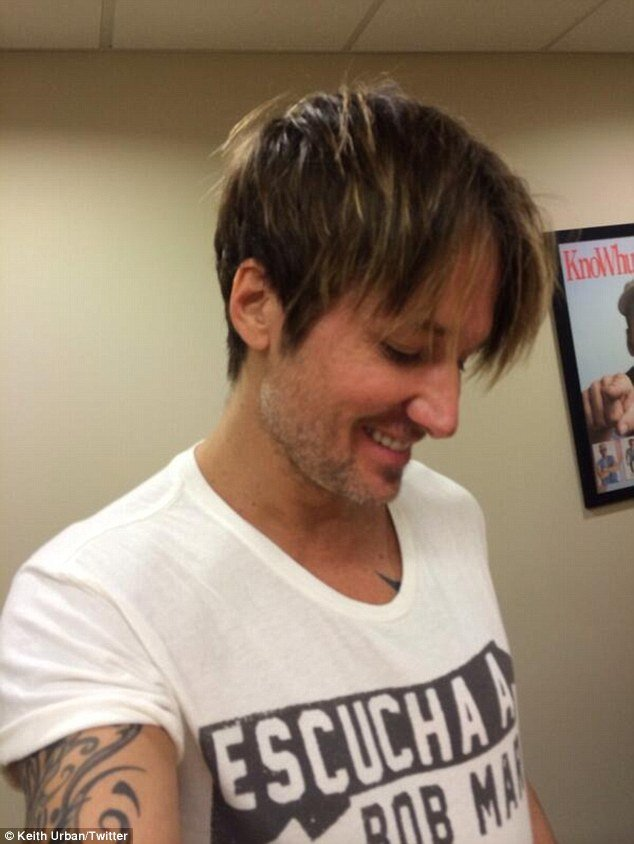 The Best Keith Urban Causes A Buzz Debuting Short Haircut On Pictures