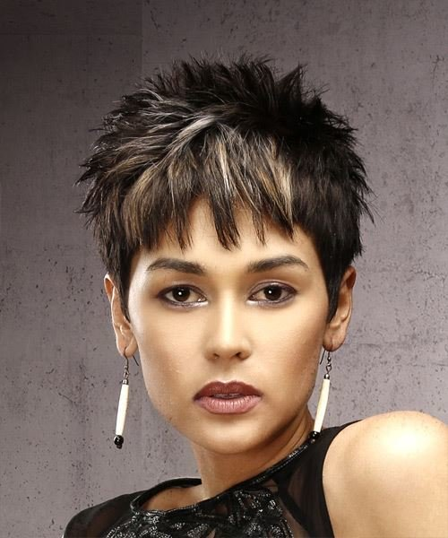 The Best Short Straight Casual Pixie Hairstyle With Razor Cut Bangs Pictures