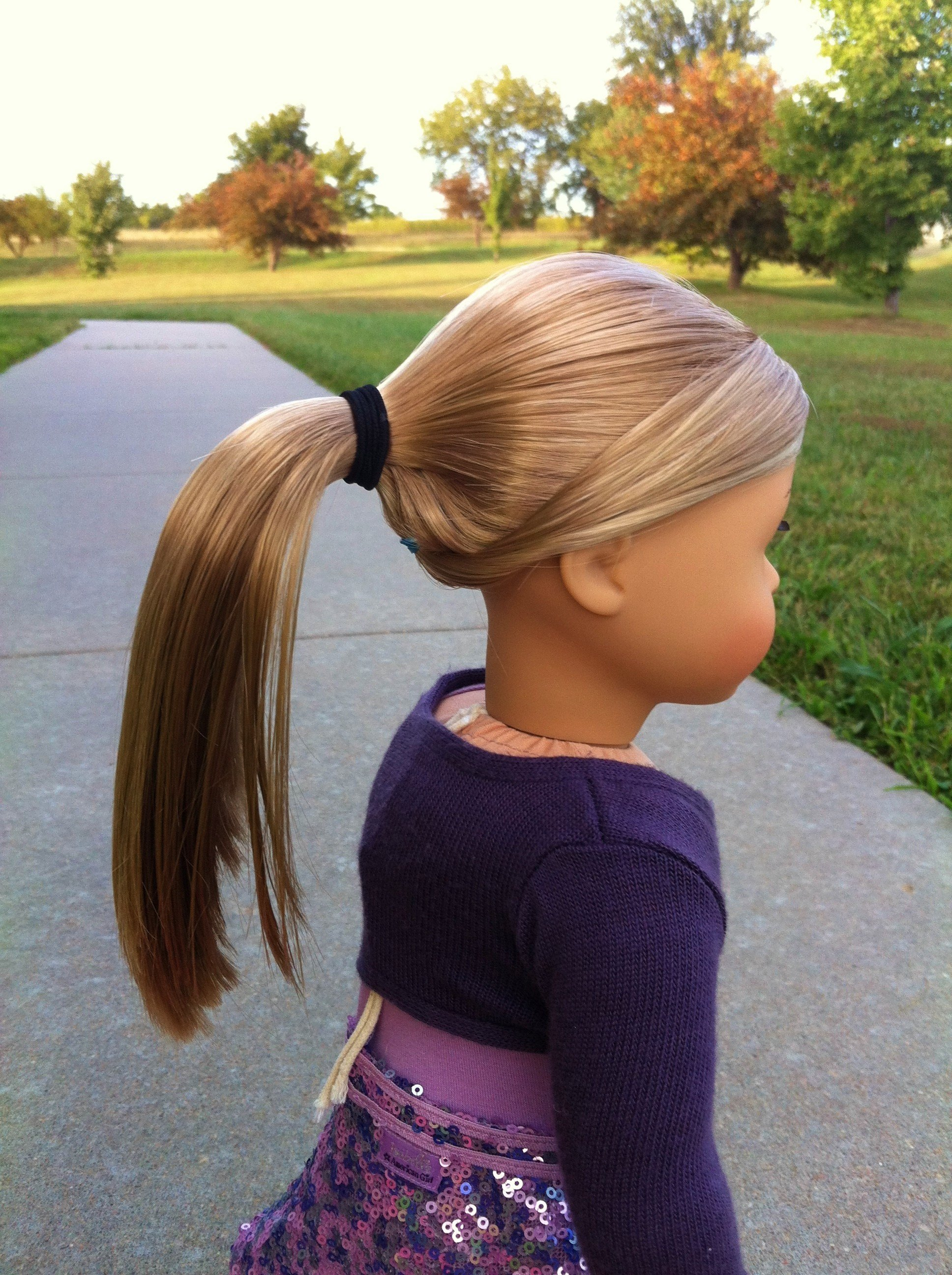 The Best Hairstyle Isabelle S Bangs Small Dolls In A Big World Pictures