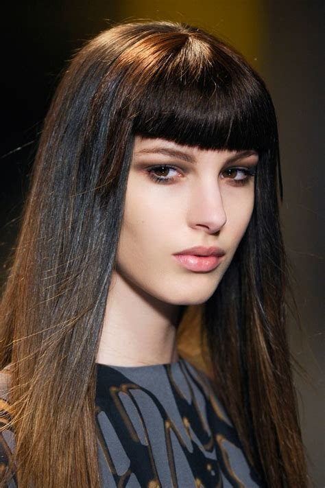 The Best Hairstyles That Look Good With Blunt Bangs Aelida Pictures