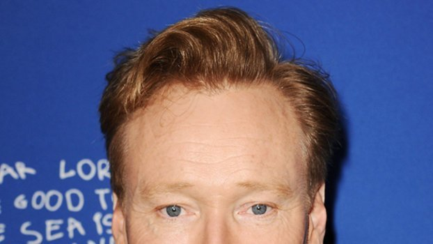 The Best Conan O Brien Walked In On Jennifer Aniston Pantsless Pictures