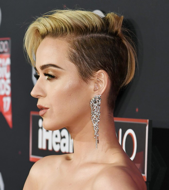 The Best 2017 Iheartradio Music Awards Katy Perry Breakover Pixie Pictures