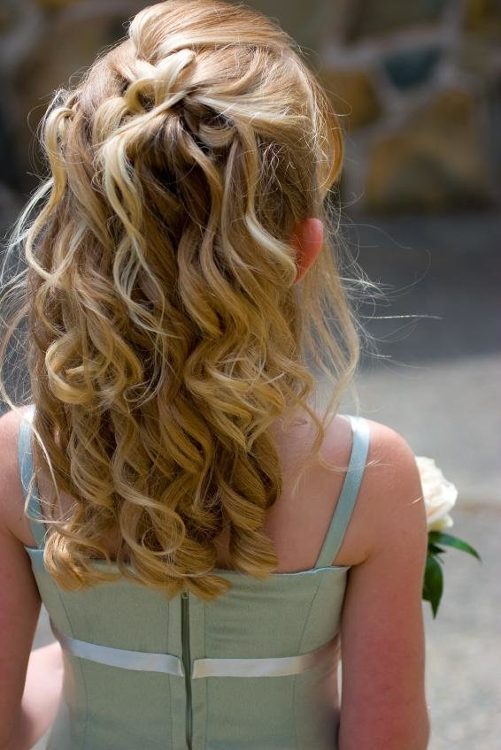 The Best Wedding Hairstyles For Little Girls Pictures
