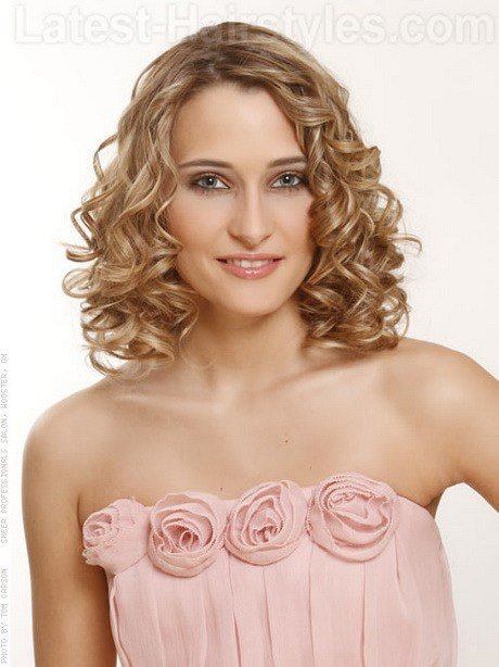 The Best Easy Hairstyles For Medium Length Hair Pictures