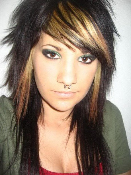 The Best Emo Hairstyles For Girls With Short Hair Pictures