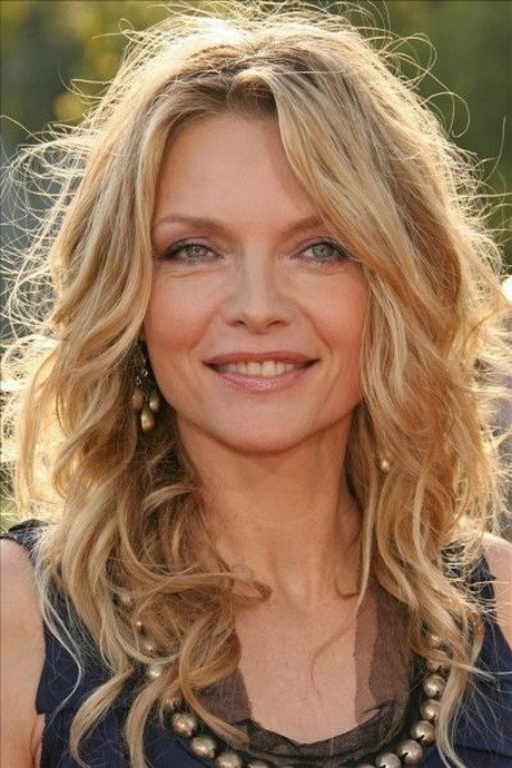 The Best Hairstyles For 50 Plus Women Pictures