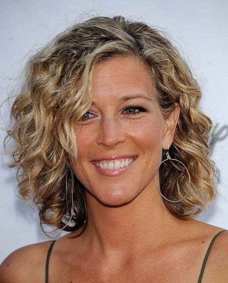 The Best Medium Curly Hairstyles 2014 Pictures