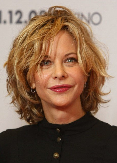 The Best Short Wavy Hairstyles Women Over 50 Pictures