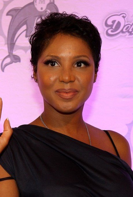The Best Toni Braxton Short Hairstyles Pictures
