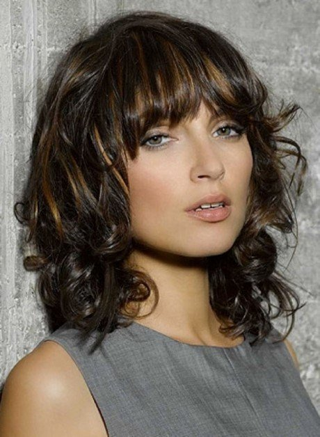 The Best Most Popular Medium Length Hairstyles Pictures