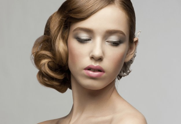 The Best Face Slimming Updos Pictures