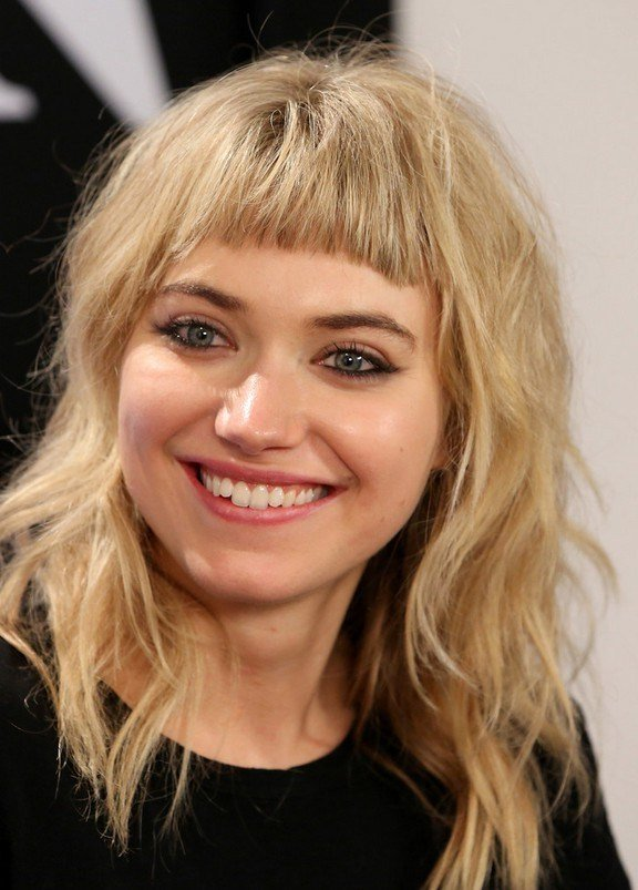 The Best Imogen Poots Medium Wavy Cut With Bangs For Round Faces Pictures