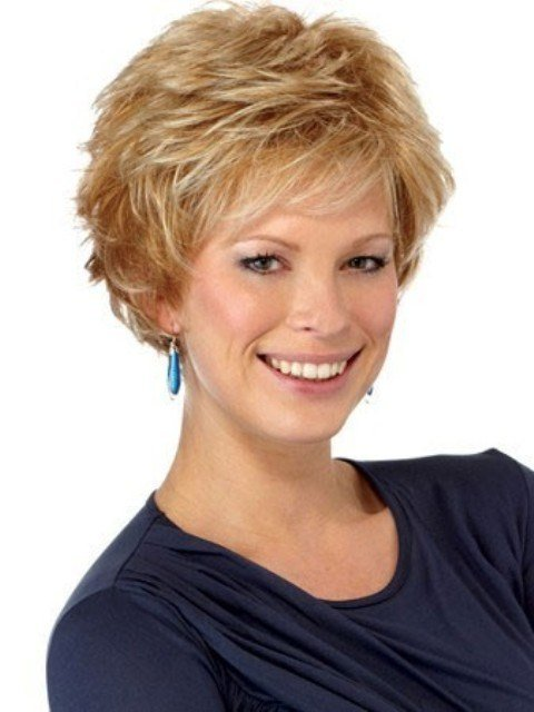 The Best 16 Adorable Short Hairstyles For Curly Hair – Featuring Pictures