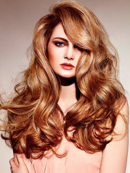 The Best 15 Pretty Hairstyles With Voluminous Curls Pictures