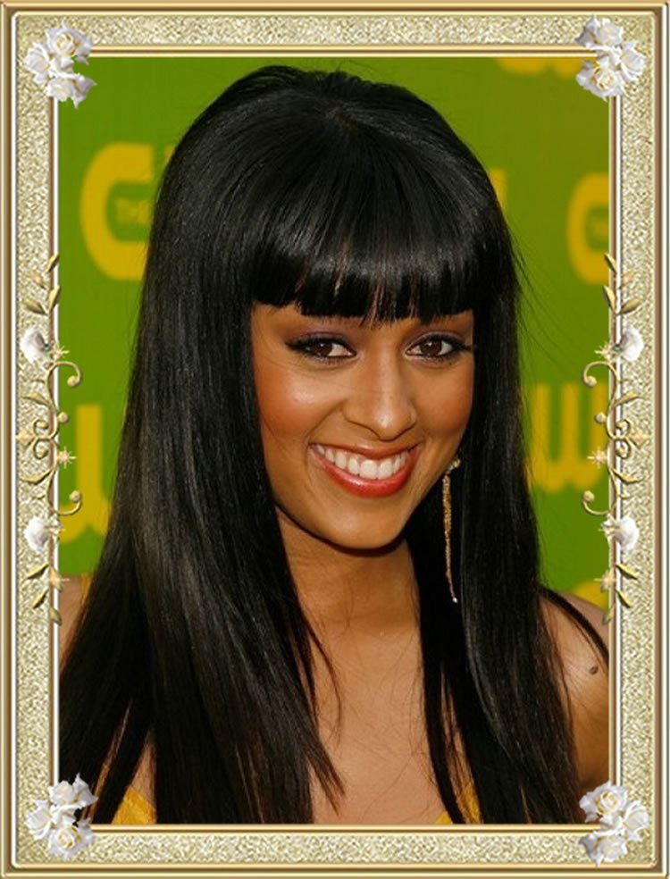 The Best 11 Effortless Long Layered Hairstyles With Bangs Pictures