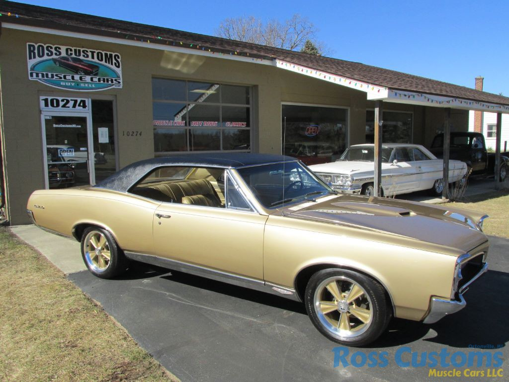 FOR SALE     1967 Pontiac LeMans GTO     4 speed      35 900      Ross Customs Share this