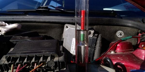 Elektrolit Density Check - Peralatan dan Tindakan