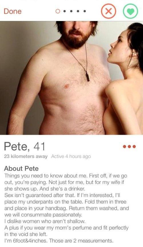 Image of: Laugh 33 Hilarious Tinder Profiles That Definitely Got People Laid Runt Of The Web 33 Funny Tinder Profiles That Definitely Got People Laid