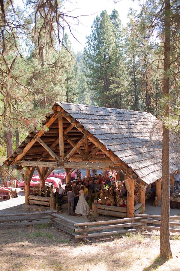 Outdoor Wedding Favors