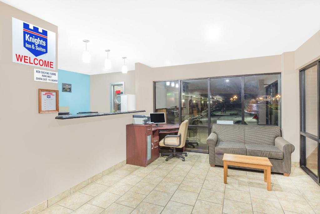 Knights Inn Suites Anniston Oxford  AL   Booking com Gallery image of this property