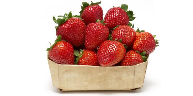 Why You Should Buy Farm Fresh Strawberries Huffpost