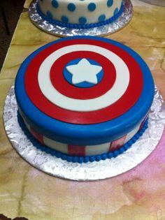 Torta Super Eroi Hulk Uomo Ragno Capitan America
