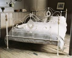1000 Images About Bed Frame Ideas On Pinterest White