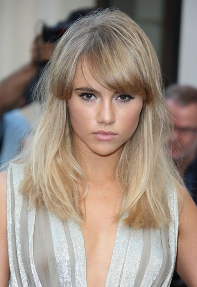 Short Hairstyles With Long Side Fringe Page 1