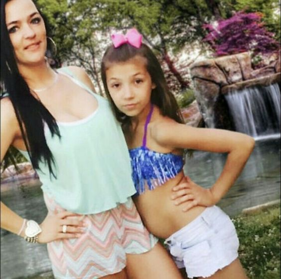 Sisters S Kayla Gypsy Daughter Danielle