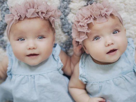 Cute Twin Day Ideas Girls