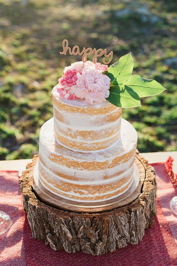 Wedding Cake Fresh Flowers And Columns
