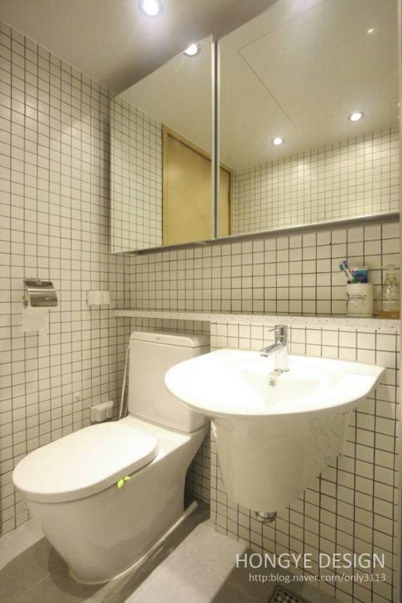 Toilet Interior Ideas