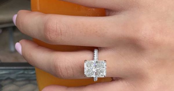 Catherine Paiz Engagement Ring Engagement Rings Pinterest Catherine O Hara Engagement